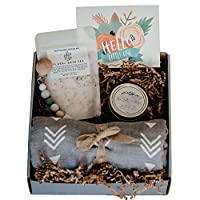 UnBoxMe Gift Box for New Mom | Push Present for Baby Boy or Girl | New Mom Gift Ideas