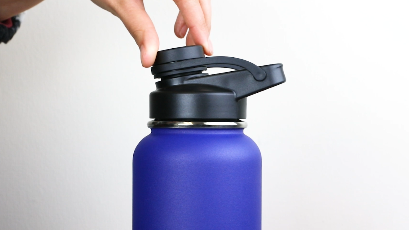 Work No Dents Gym for Travel No Rust School Anti-Scratch Insulated Metal Water Bottle for Cold Water or Drinks BPA-Free Stainless-Steel Water Bottle